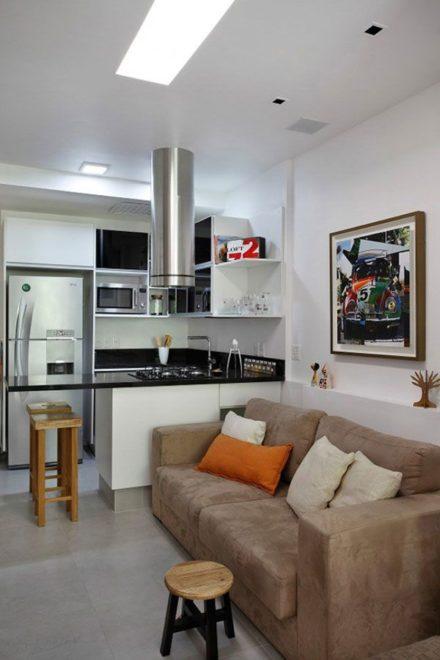 дизайн однокомнатной квартиры с яркими элементами