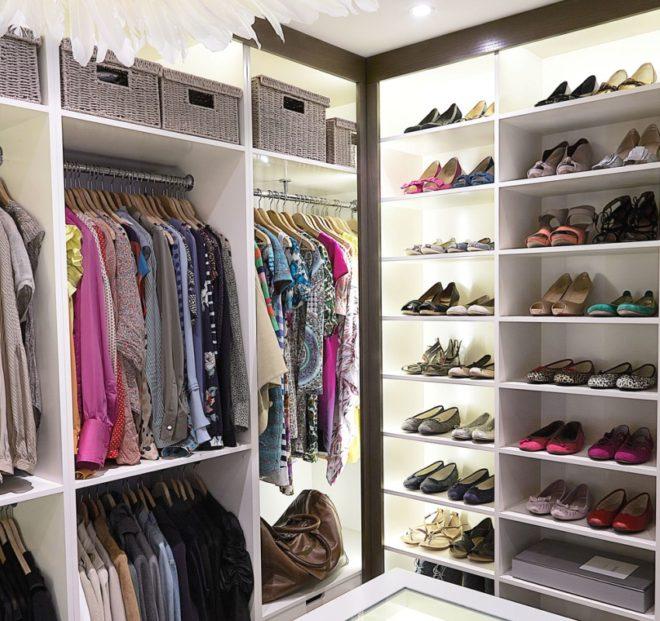 Вариант распределения вещей в гардеробной