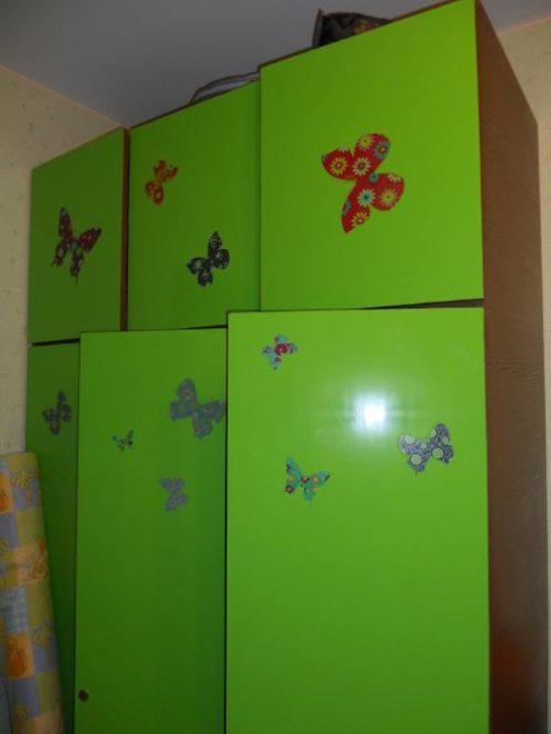 Самоклеющаяся пленка на мебели в детской комнате