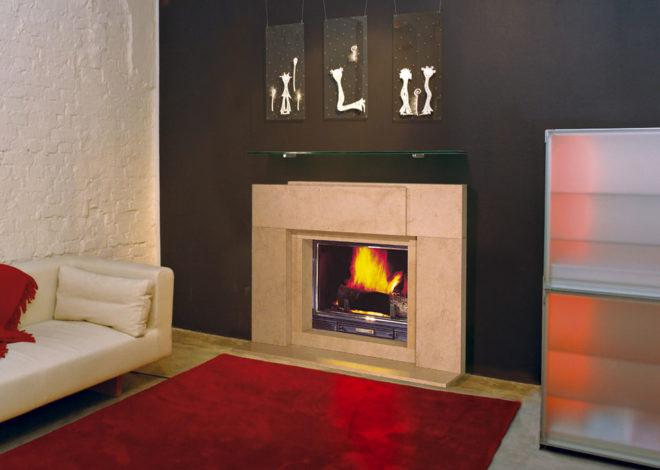 Камин в гостиной в современном стиле