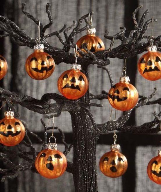 Ёлочные игрушки для Хэллоуина