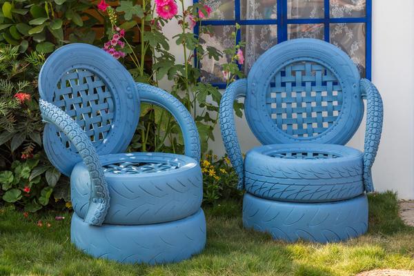 оригинальные кресла из старых автомобильных шин