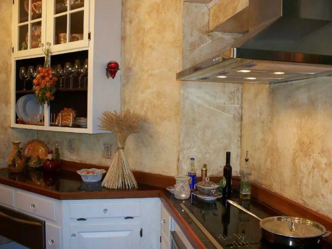 отделка кухни декоративной штукатуркой
