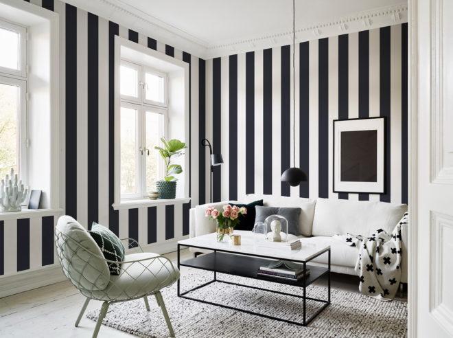 Черно-белые обои в интерьере