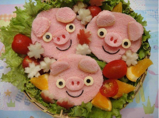 Украшение для салатов и закусок в виде хрюшек