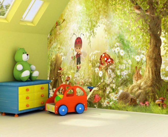 Обои в детской комнате с рисунком леса