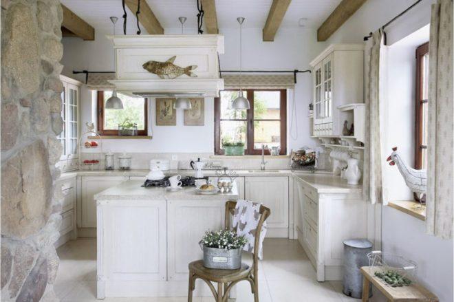 Дизайн белой кухни в стиле прованс
