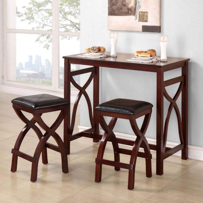 Высокий стол и два стула