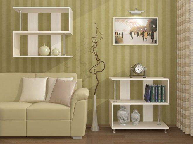 Открытые полки в однокомнатной квартире для хранения книг и других предметов