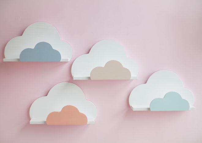 Полки в детской в виде облаков