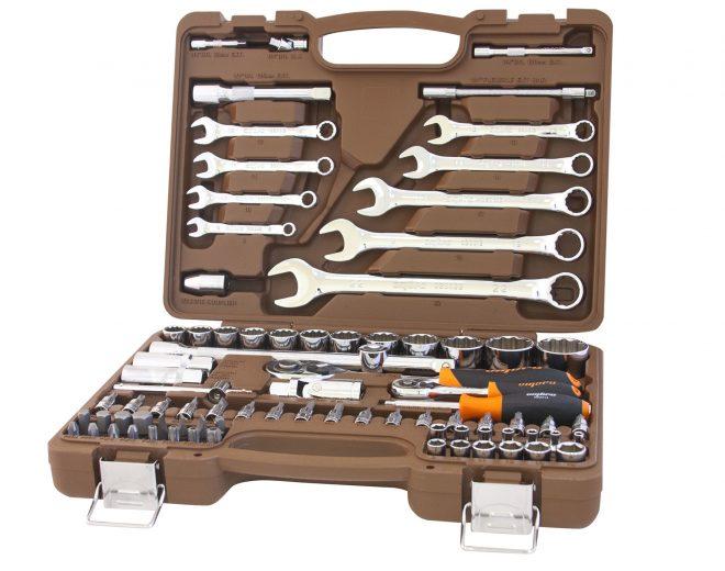 Набор инструментов в кейсе