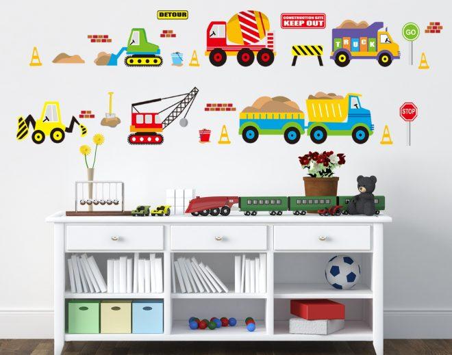 Яркие наклейки на стену для малышей