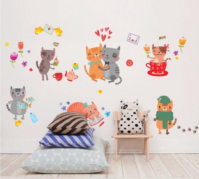 Забавные наклейки «Котики» на стену