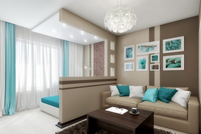 Светлая спальня с ярким декором и разделением на зоны
