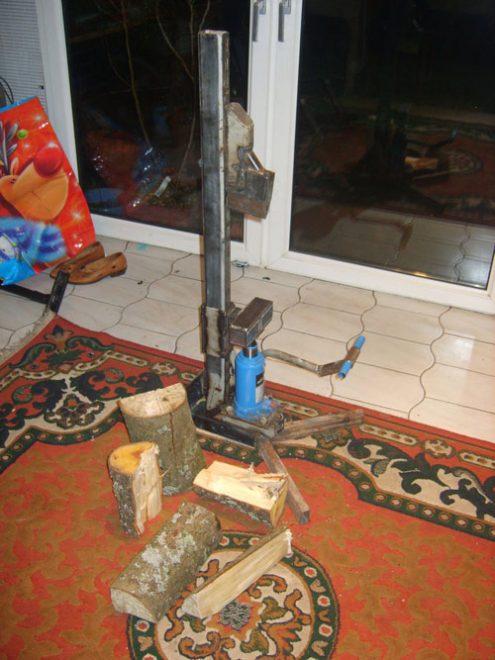 Домкрат колит дрова