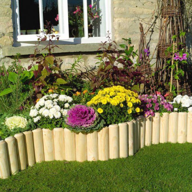 Ограда для цветника из дерева