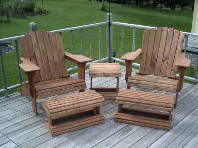 Комплект дачной мебели из дерева