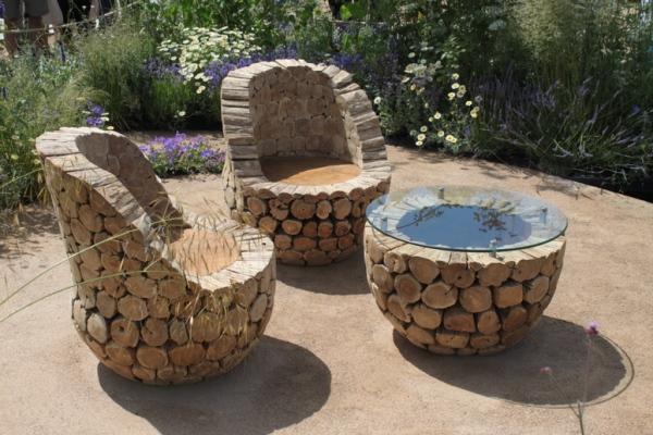 Садовая мебель из дров