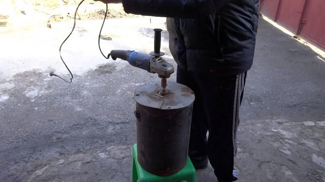 Измельчитель зерна из болгарки