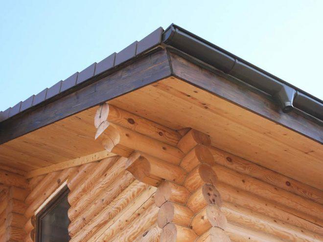 Крыша с карнизом