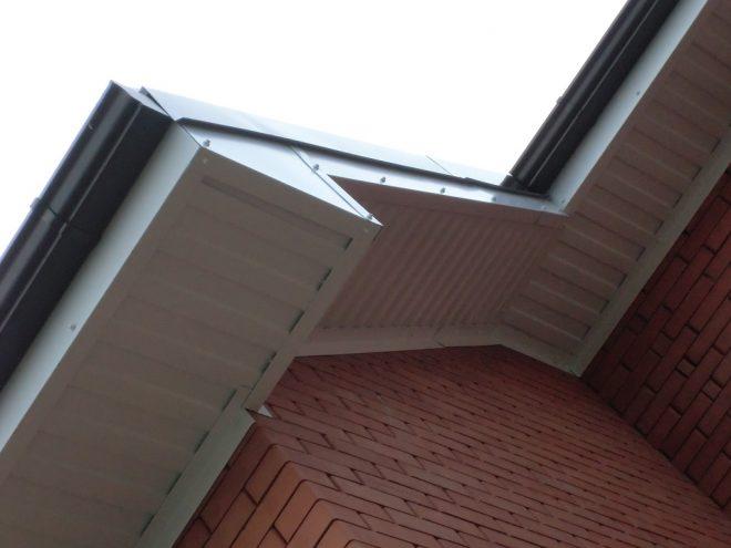 Карниз скатной крыши