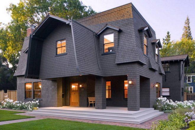 Дом с ломаной крышей