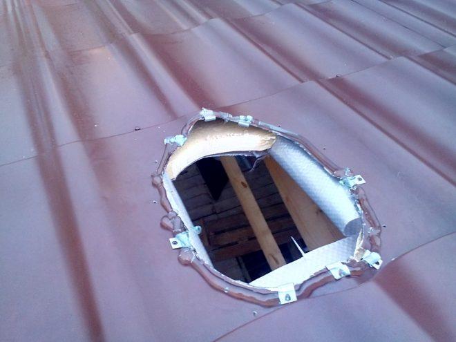 Отверстие в крыше
