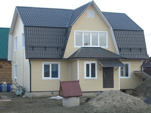 Ломаная крыша с окнами