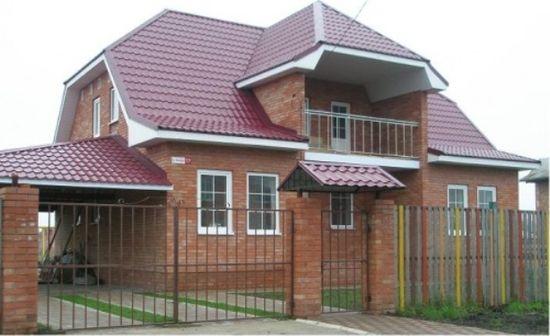 Мансардная крыша с балконом