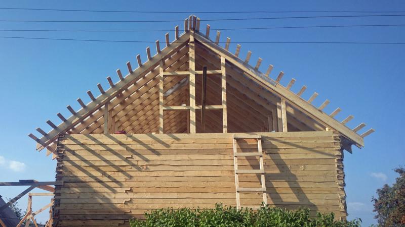 Стропильная система двухскатной крыши виды висячая и наслонная устройство крыши с мансардой  чертежи схемы и фото