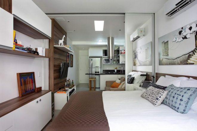 Квартира-студия в бело-коричневых тонах