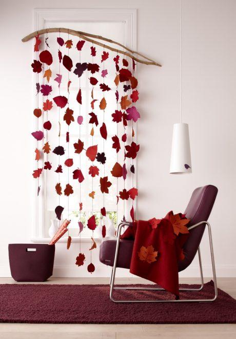 Декоративная штора из листьев