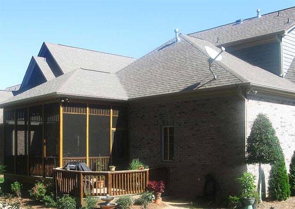 Ломаная вальмовая крыша