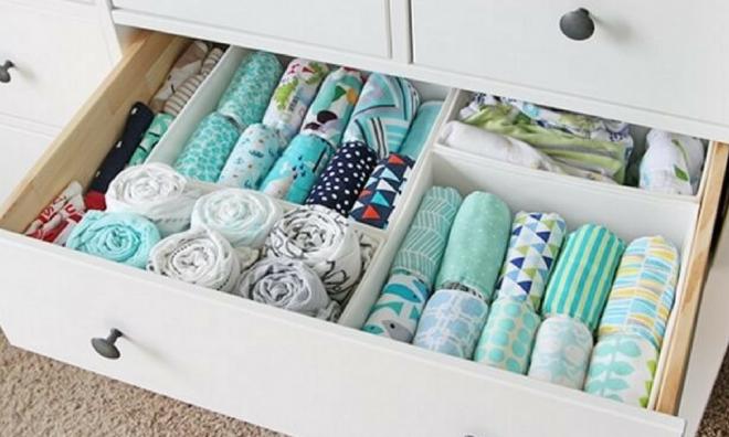 как разложить вещи в маленьком шкафу