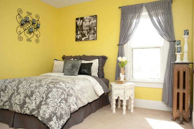Интерьер в жёлто-серых тонах