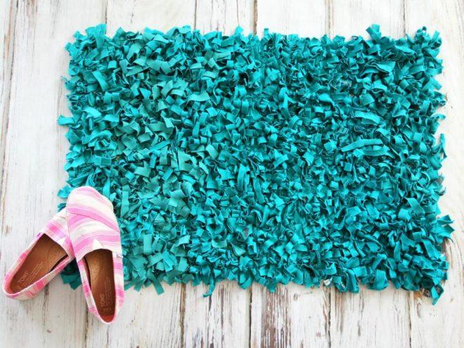 коврик из старого трикотажа