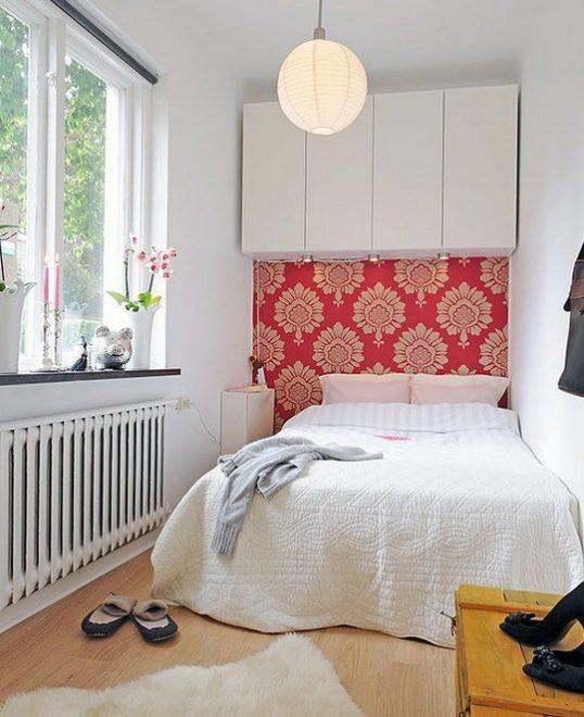 Уютная спальня из балкона