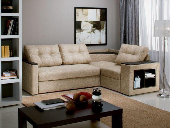 как поставить угловой диван