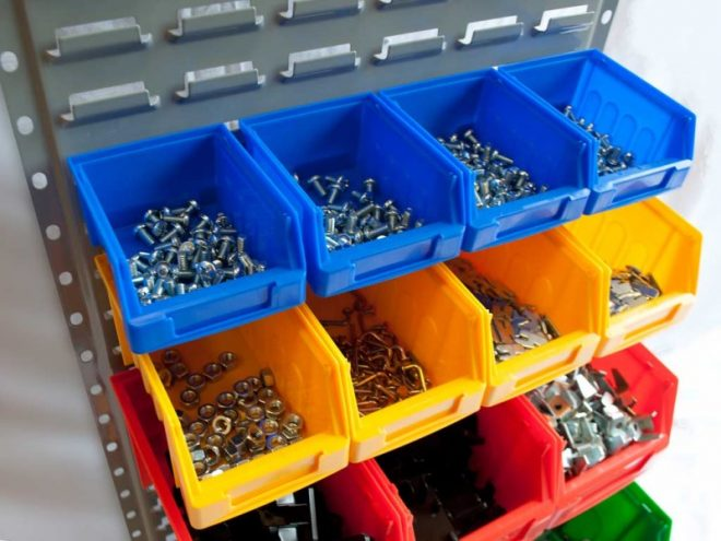 Хранение мелочей в гараже