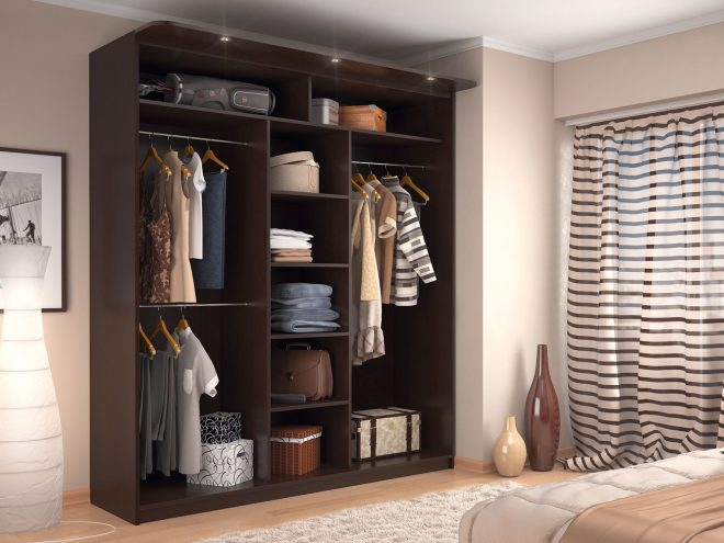 Шкаф для одежды в спальне