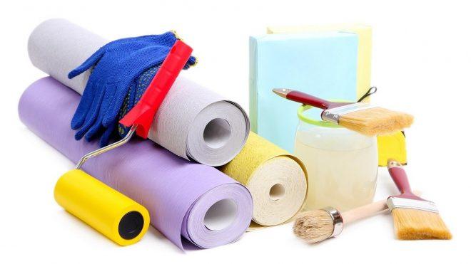 Некоторые инструменты и материалы для поклейки обоев