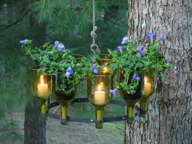 садовый светильник из бутылок