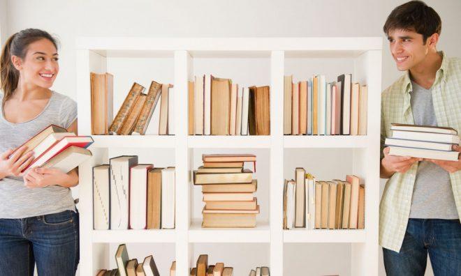 Уборка в книжном шкафу