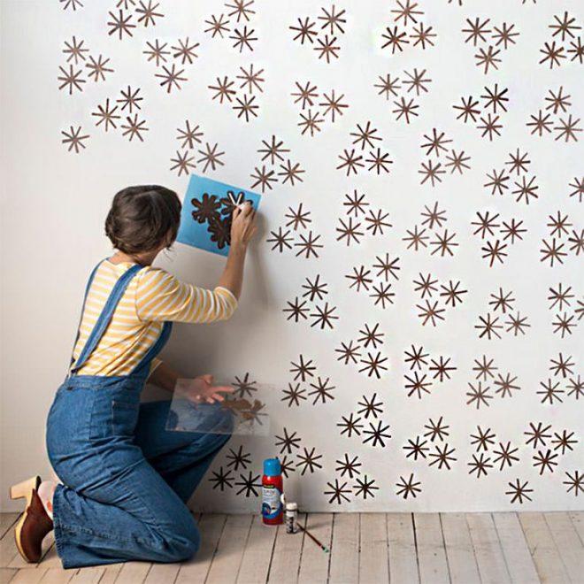 Узоры на белых стенах