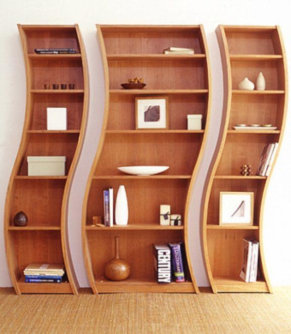 Причудливый изогнутый шкаф