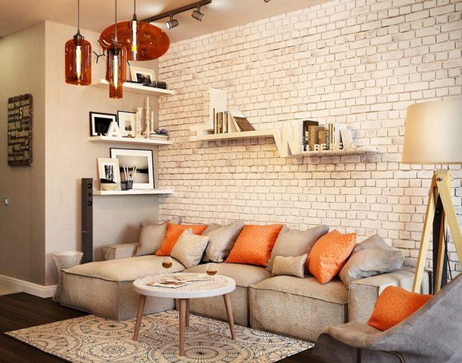 Кирпичная стена в маленькой квартире