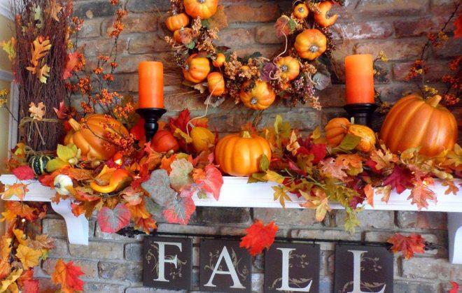 Листья и тыква на каминной полке