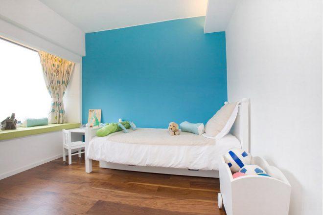 Сочетание светло-синего с белым подарит ощущение простора, чистоты и свежести