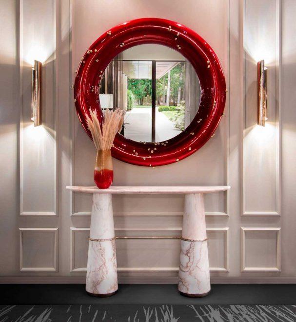 Зеркало с контрастной рамой