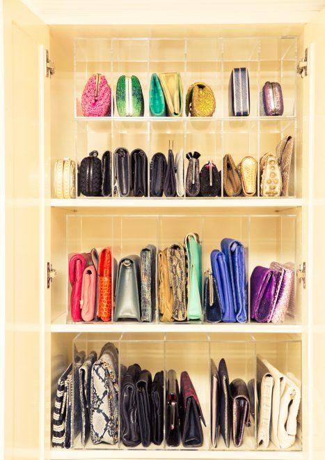 Шкаф для сумок